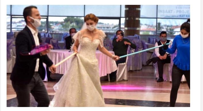 Düğün ve Tevfik Özlü