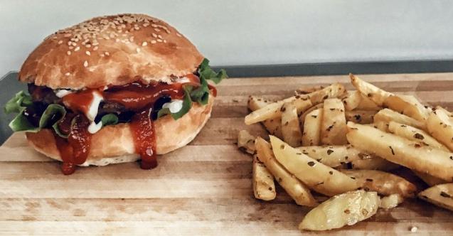 Mini Hamburger ve Fırın Patates