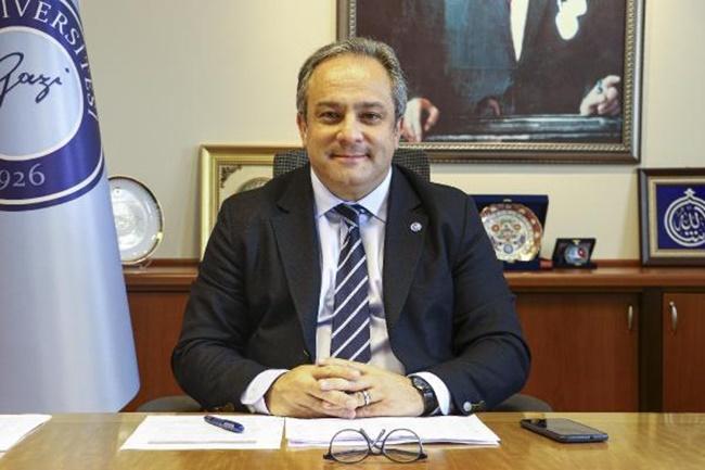Bilim Kurulu Üyesi Mustafa Necmi İlhan