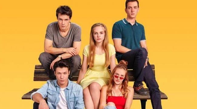 Netflix'in Türk dizisi Aşk 101 hakkında karar verildi! Dizi sona mı erecek?