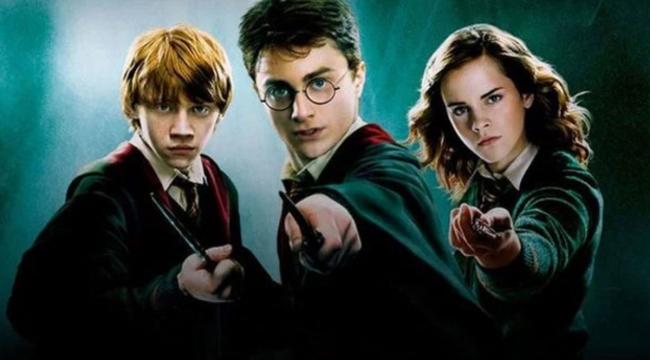Harry Potter'ın dizisi geliyor!