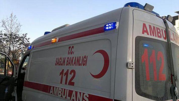 13 Günlük Bebeği Hastaneye Yetiştirmeye Çalışıyorlardı! Ambulans Şoförlerinin Yolunu Keserek Tekme Tokat Dövdüler!
