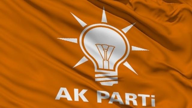 AKP, Partili Cumhurbaşkanlığı Konusunda Israr Ediyo