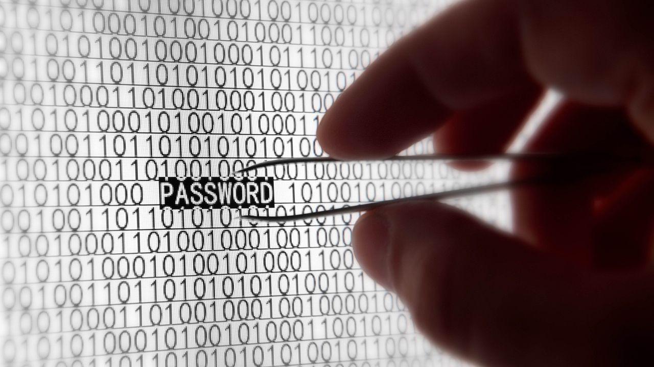2016'da İnternette En Çok Çalınan Şifreler