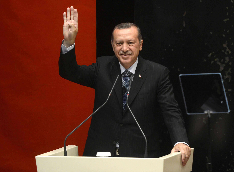 Erdoğan 4 Kanunu Onayladı!