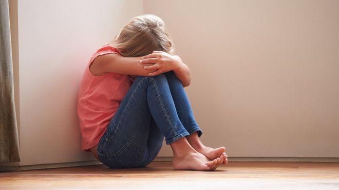 12 Yaşındaki Kızın Yazdığı Otobiyografi Sonrası Cinsel İstismara Uğradığı Ortaya Çıktı!
