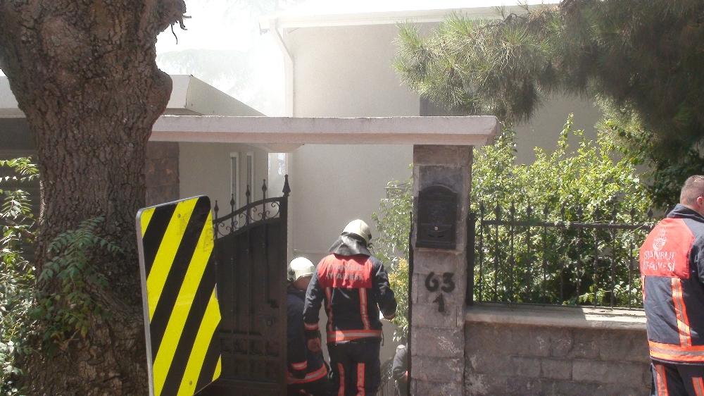 İstanbul'da Villa'da Yangın Çıktı