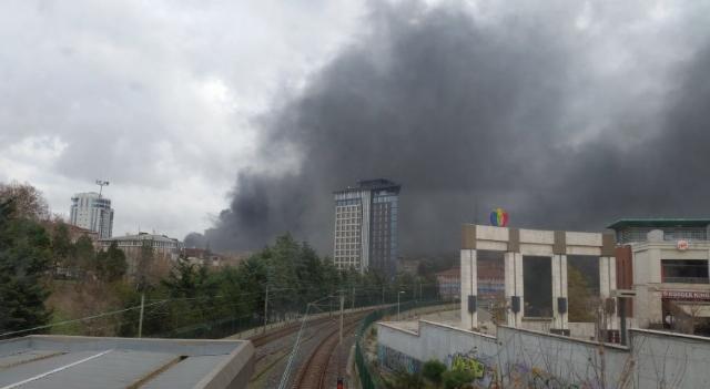 İstanbul Bayrampaşa'da Büyük Yangın!
