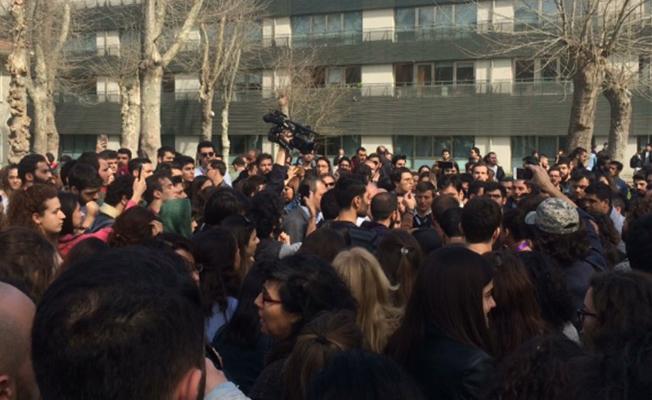 Bilgi Üniversite'sinde Kadınlar Günü Standına Saldırı Düzenlendi