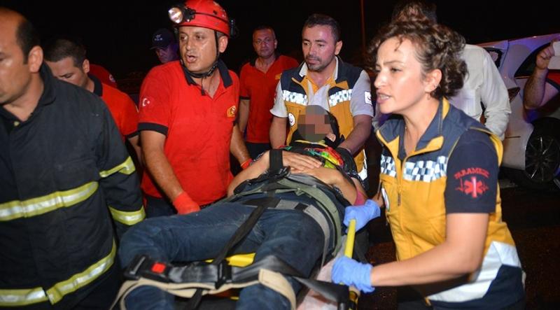 Adana'da Trafik Kazası! Çok Sayıda Yaralı Var