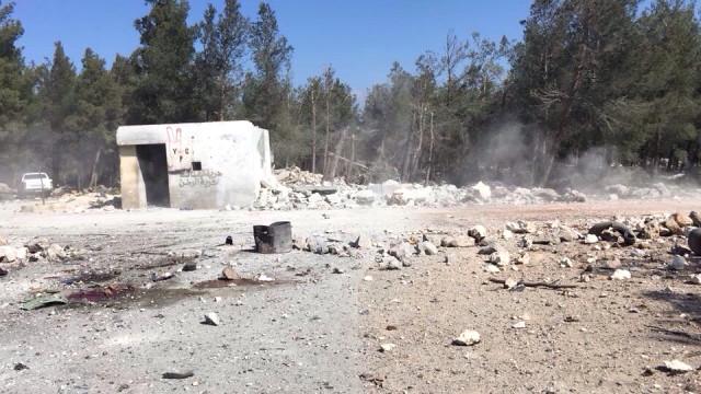 Afrin'de Sıcak Gelişme! Türk Jetleri YPG'ye Yardım Eden Esad Militanlarını Vurdu: 8 Ölü