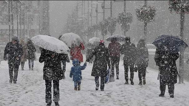 AKOM'dan İstanbullulara Önemli Uyarı! Kar Yağışı Devam Edecek Mi?