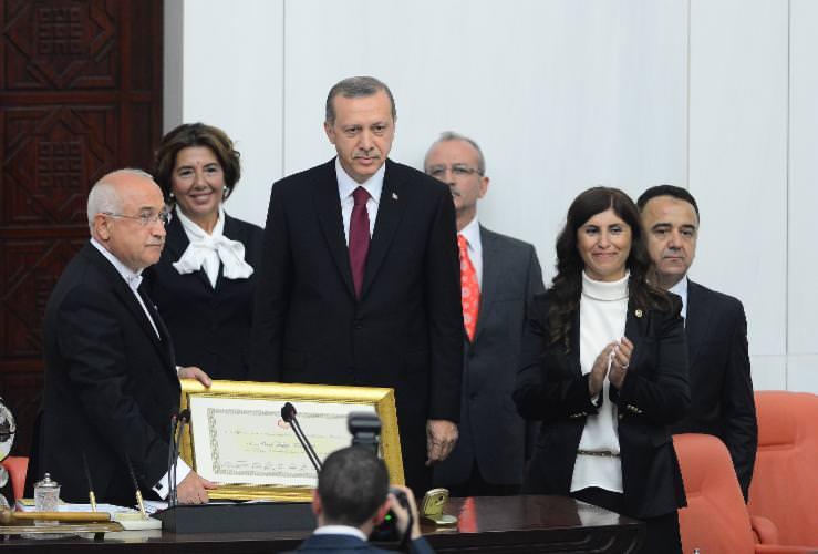 Ankara'da Tarihi Anlar! Cumhurbaşkanı Recep Tayyip Erdoğan Yemin Etti, Yeni Sistem Resmi Olarak Başladı