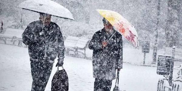 Atkı, Bere ve Eldivenlerinizi Hazırlayın! Meteoroloji'den Tüm Yurda Kar Uyarısı