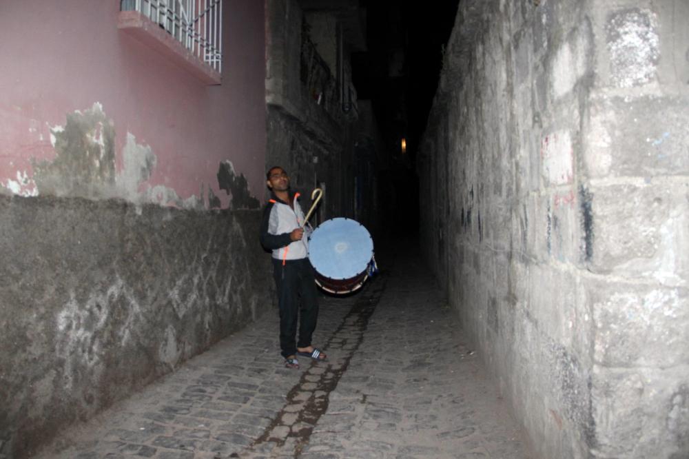 Diyarbakır'ın Sur İlçesinde Davul Sesleri Yankılandı