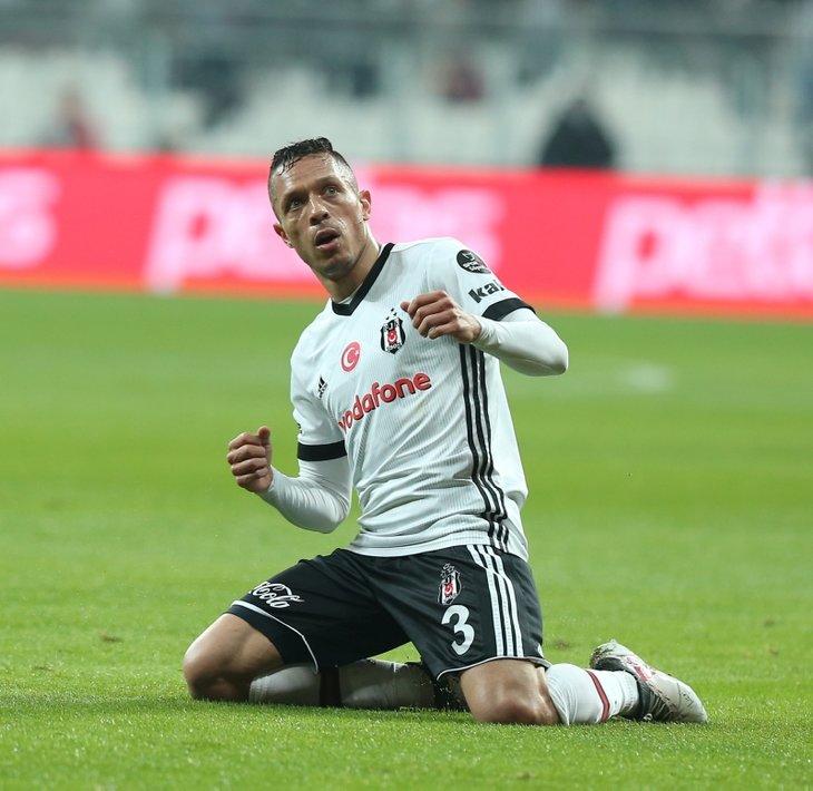 Beşiktaş'tan Bir Yıldız Kayıyor! Transfer Görüşmeleri Başladı