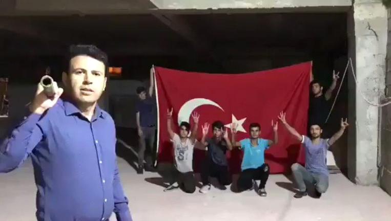 Boykot İçin Balyozla iPhone Kırdılar Videonun Sonunda Gelen Sesle Rezil Oldular