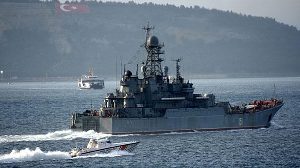 Çanakkale Boğazı'nda Rus Savaş Gemisi ile Türk Savaş Gemisi Karşılaştı