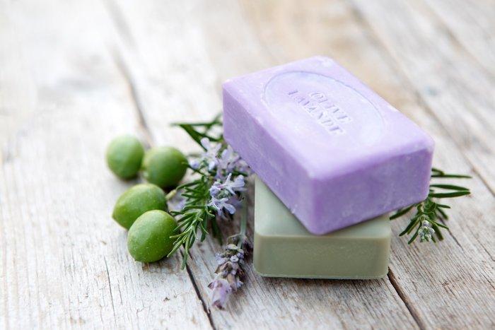 Çarşafınızın Altına Sabun Koymak Hangi Rahatsızlığa İyi Geliyor?