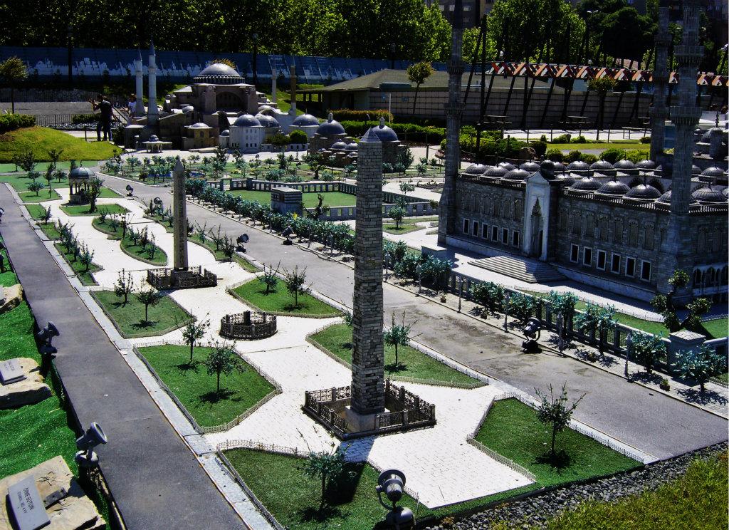 "İstanbul'un Tarihinden ""Hipodrom"""