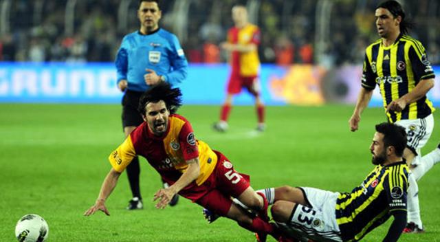 Dev Derbi Başladı! Fenerbahçe Kadıköy'de Galatasaray'ı Ağırlıyor