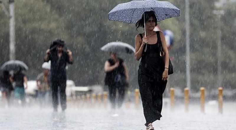 Dikkat Şemsiyesiz Dışarı Çıkmayın! Meteoroloji'den O Bölgeye Önemli Uyarı!