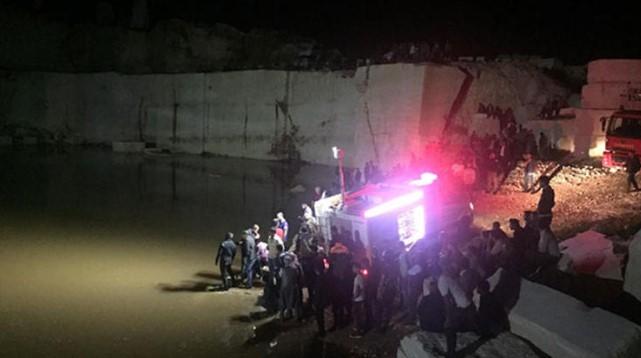 Diyarbakır'da 2 Çocuk Yağmur Suyu Göletinde Boğuldu