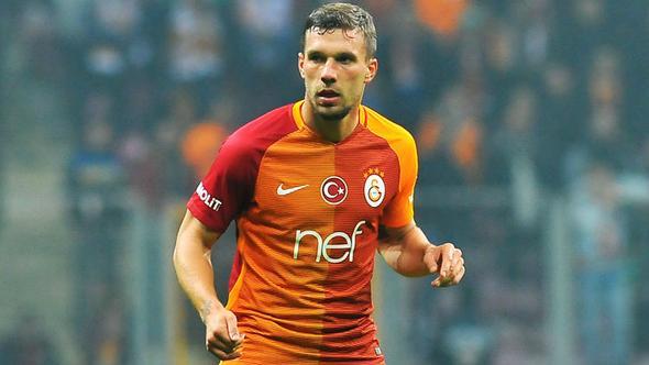 Galatasaraylı Futbolcu Podolski'ye Ataköy'de Saldırı