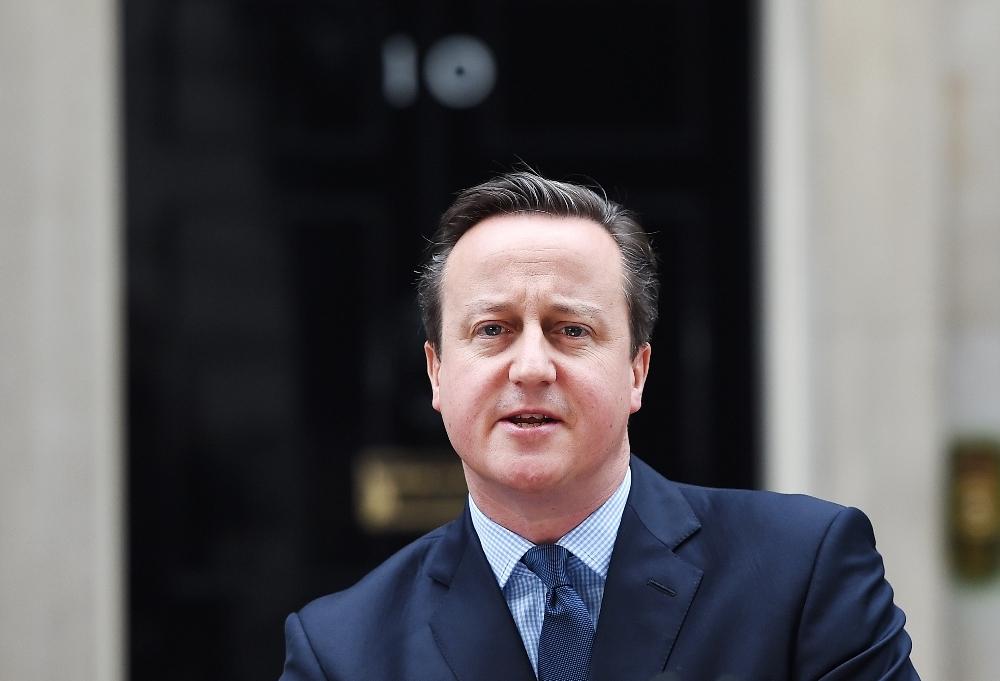 İngiltere'de Şok: David Cameron İstifa Etti