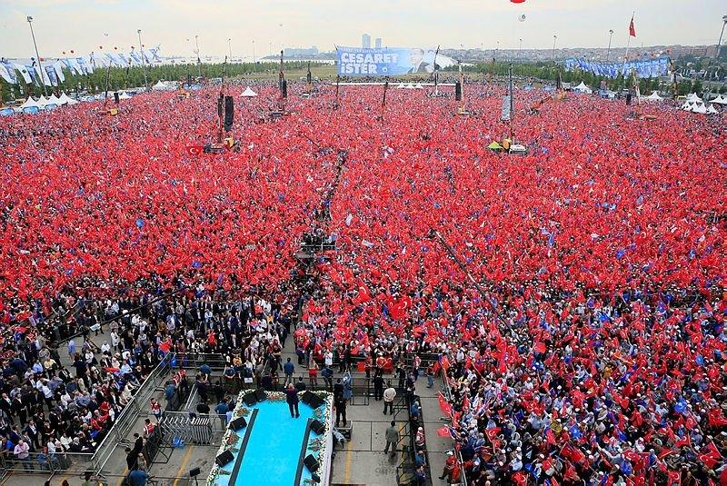 Herkes Bu Tarihe Kitlenmişti! AK Parti'nin Yenikapı Mitingine Kaç Kişi Katıldı?