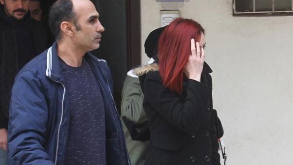 Karısının Eve Erkek Aldığını Kameradan Görüp Polise İhbar Etti