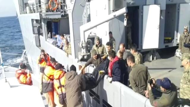Şile'de En Acı Bekleyiş! Batan Gemideki Personelin Yakınları Sinir Krizi Geçirdi