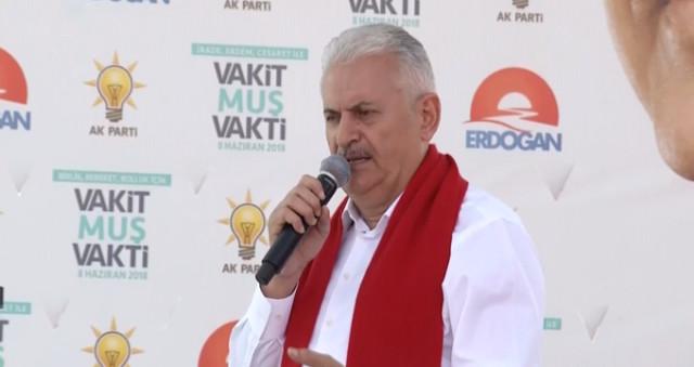 Son Dakika! Mehmetçik Irak Sınırından 30 Kilometre İçeri Girdi, Başbakan Yıldırım Açıkladı: Kandil İçin Her Seçenek Masada
