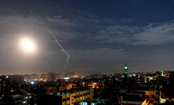 Son Dakika! Ortadoğu Karıştı, 12 İran Askeri Öldürüldü