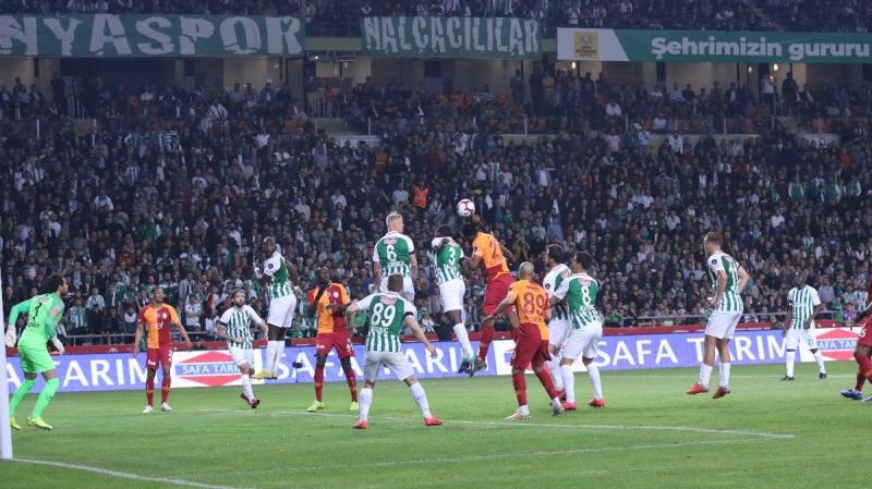 Süper Lig'de Lider Değişmedi! Atiker Konyaspor 0 – Galatasaray 0