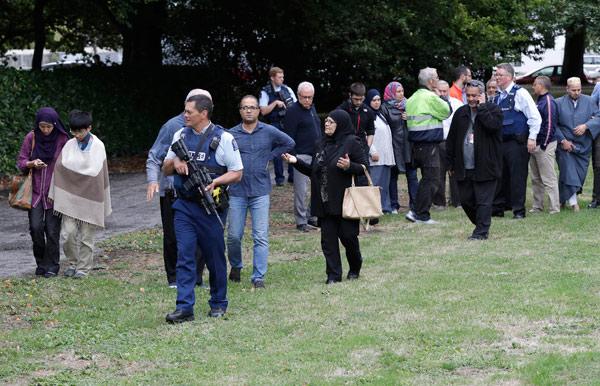 Yeni Zelanda'da İki Camiye Terör Saldırısı! Çok Sayıda Ölü ve Yaralı Var!