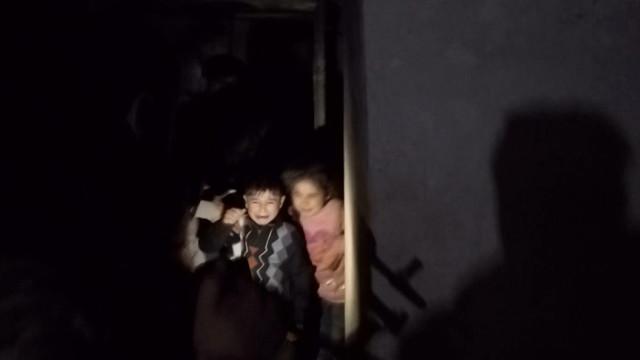 YPG'nin Sivillere Zulmü! Kadın ve Çocukların Kaldığı Sığınakları Vurdular, O Anlar Saniye Saniye Görüntülendi
