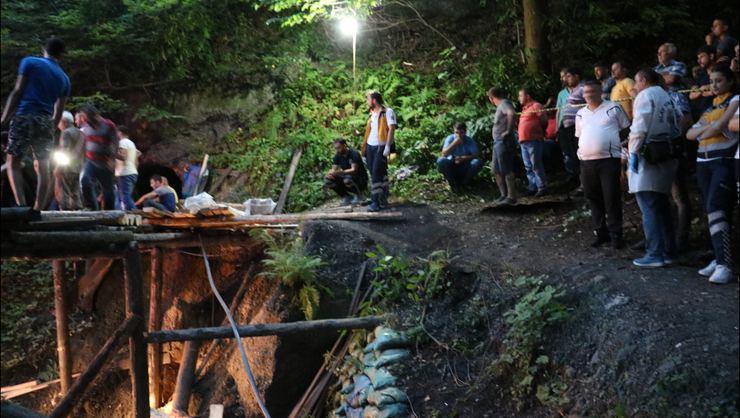Zonguldak'ta Korku Dolu Bekleyiş! Maden Ocağı Göçtü: Mahsur Kalanlar Var